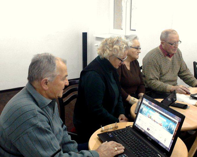 Przeglądasz zdjęcia z artykułu: Wchodzimy do 'strumienia' – październik 2011