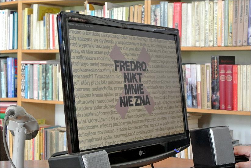 Przeglądasz zdjęcia z artykułu: DKK - Klub Miłośników Poezji – Aleksander Fredro – Filia nr 1 – 04.05.2015