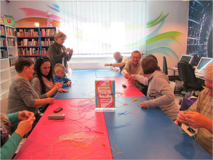 Przeglądasz zdjęcia z artykułu: DKK – KLUB GŁUCHEGO CZYTELNIKA – FILOFUNY – 29.04.2015