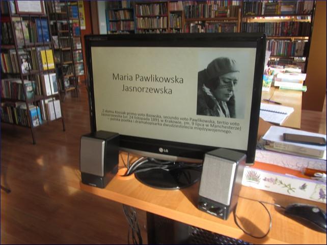 Przeglądasz zdjęcia z artykułu: DKK – KLUB MIŁOŚNIKÓW POEZJI – MARIA PAWLIKOWSKA JASNORZEWSKA – FILIA NR 1 – 05.11.2018