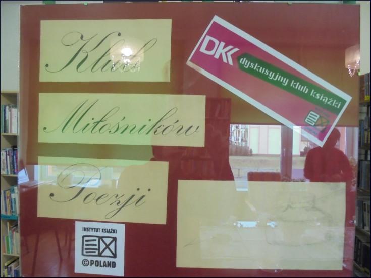 Przeglądasz zdjęcia z artykułu: DKK – KLUB MIŁOŚNIKÓW POEZJI – MAGDA CZAPIŃSKA – FILIA NR 1 – 04.03.2019