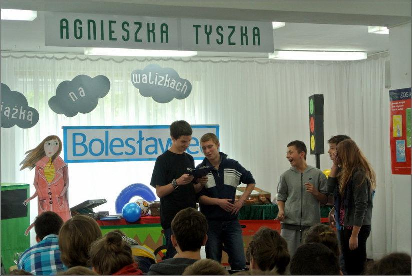 Przeglądasz zdjęcia z artykułu: Agnieszka Tyszka – spotkanie autorskie – 06.06.2013